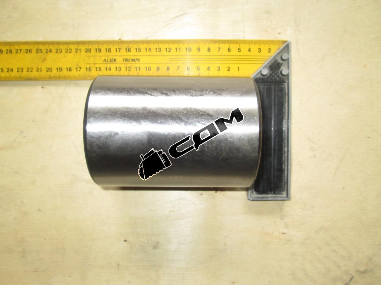 Втулка крепления ковша нижняя 95х75х130 CDM860  CDM860.11-005